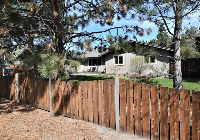 21084 Pettigrew Court, Bend, OR 97702 (MLS #220121436) :: Bend Relo at Fred Real Estate Group