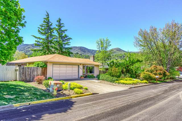 190 Alder Lane, Ashland, OR 97520 (MLS #220121568) :: Keller Williams Realty Central Oregon