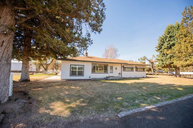 7531 NE 1st Street, Redmond, OR 97756 (MLS #220121739) :: Coldwell Banker Sun Country Realty, Inc.