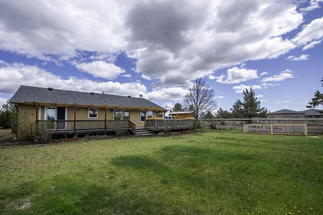 14260 SW Stallion Drive, Terrebonne, OR 97760 (MLS #220121760) :: Central Oregon Home Pros