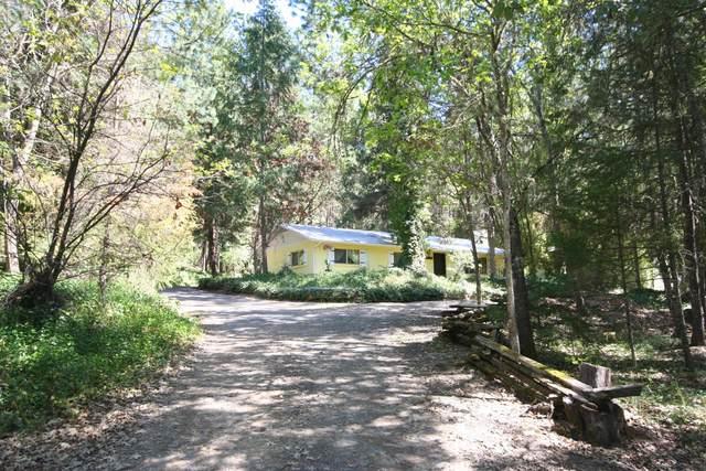 981 Upper Applegate Road, Jacksonville, OR 97530 (MLS #220121780) :: Bend Relo at Fred Real Estate Group