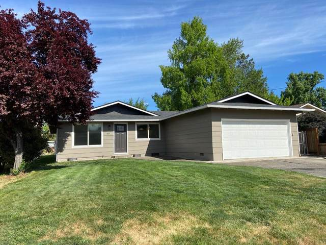 934 N Keene Way Drive, Medford, OR 97504 (MLS #220121810) :: The Ladd Group