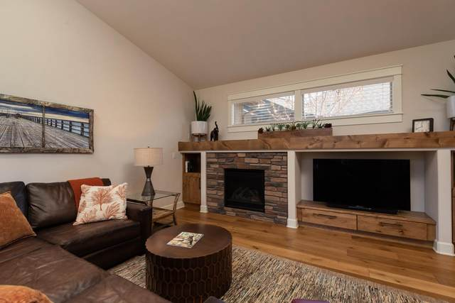 2551 NW Majestic Ridge Drive, Bend, OR 97703 (MLS #220121826) :: Bend Relo at Fred Real Estate Group