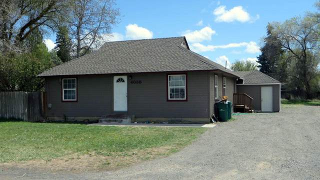 4038 Sturdivant Avenue, Klamath Falls, OR 97603 (MLS #220121871) :: Keller Williams Realty Central Oregon