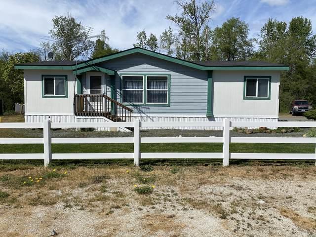 2640 Merlin Road, Grants Pass, OR 97526 (MLS #220121873) :: Keller Williams Realty Central Oregon