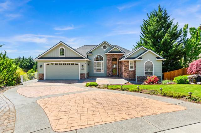 4335-4337 Murry Hill Terrace, Medford, OR 97504 (MLS #220121881) :: The Ladd Group