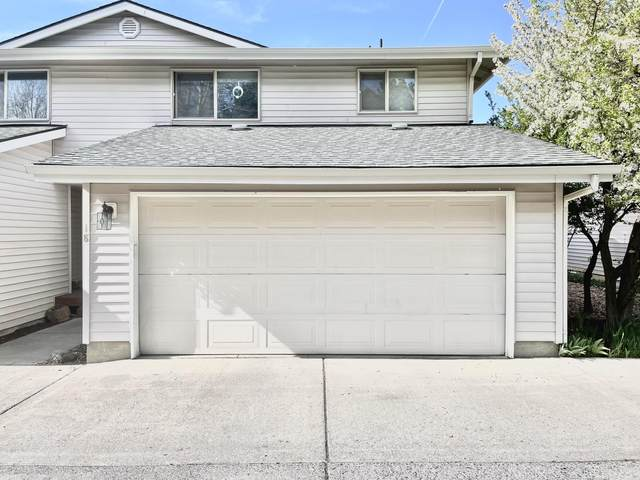 1801 NE Purcell Boulevard Apt 18, Bend, OR 97701 (MLS #220121892) :: Vianet Realty