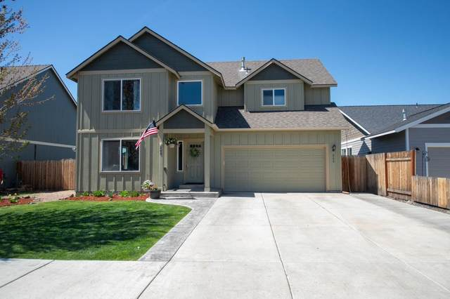265 NW 28th Street, Redmond, OR 97756 (MLS #220121914) :: Bend Relo at Fred Real Estate Group