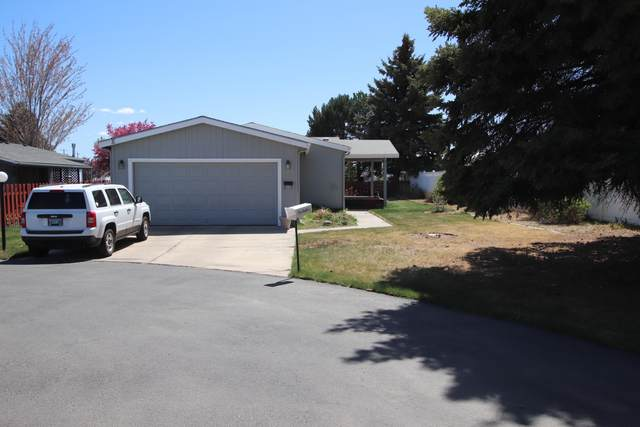 1825 NE 6th Street, Redmond, OR 97756 (MLS #220121930) :: Fred Real Estate Group of Central Oregon