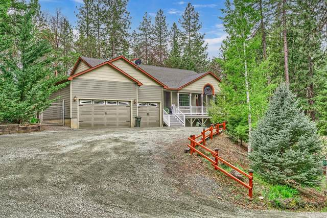 16316 Ford Road, Rogue River, OR 97537 (MLS #220121935) :: Bend Relo at Fred Real Estate Group