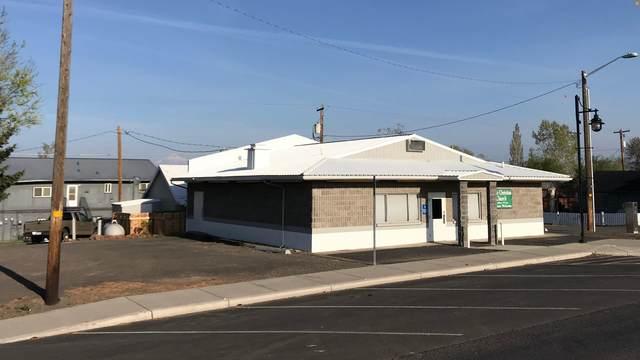 303 First Avenue, Culver, OR 97734 (MLS #220121944) :: Keller Williams Realty Central Oregon