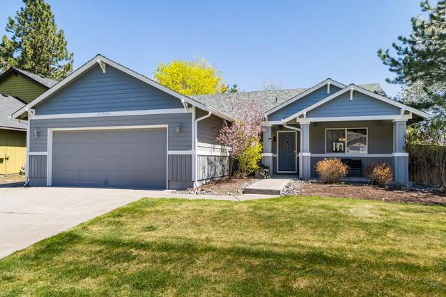 61334 Rock Bluff Lane, Bend, OR 97702 (MLS #220121975) :: Bend Relo at Fred Real Estate Group
