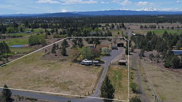 63591 Gentry Loop, Bend, OR 97701 (MLS #220121989) :: Bend Relo at Fred Real Estate Group