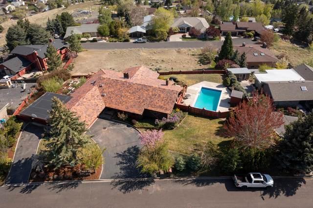 2325 Linda Vista Drive, Klamath Falls, OR 97601 (MLS #220121998) :: Top Agents Real Estate Company