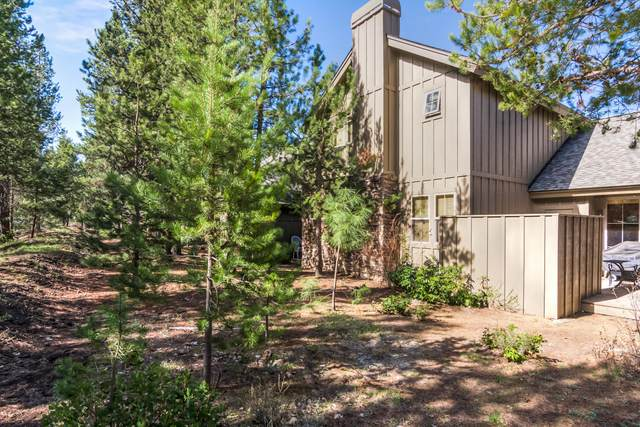 57142 Evergreen Loop #30, Sunriver, OR 97707 (MLS #220122007) :: Fred Real Estate Group of Central Oregon