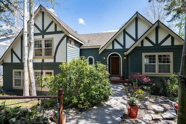 3130 NW Craftsman Drive, Bend, OR 97703 (MLS #220122025) :: Fred Real Estate Group of Central Oregon