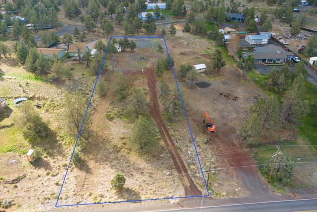 13523 SW Cinder Drive, Terrebonne, OR 97760 (MLS #220122067) :: Central Oregon Home Pros