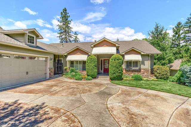 2316 SE Wyndham Way, Grants Pass, OR 97527 (MLS #220122117) :: The Ladd Group