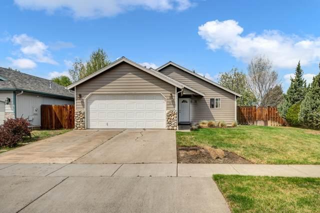 1531 NE Glacier Ridge Road, Bend, OR 97701 (MLS #220122127) :: Central Oregon Home Pros