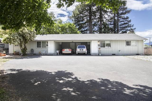 921 SW K Street, Grants Pass, OR 97526 (MLS #220122135) :: The Ladd Group