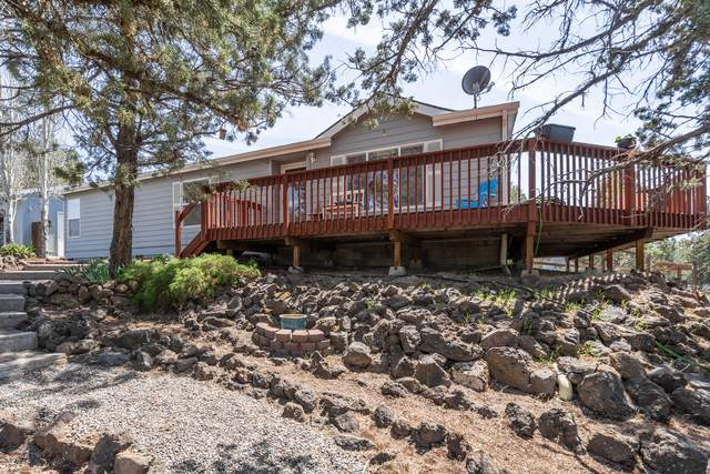 8752 SW Sand Ridge Road, Terrebonne, OR 97760 (MLS #220122198) :: Chris Scott, Central Oregon Valley Brokers