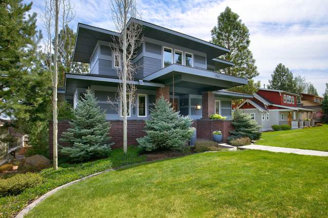 3160 NW Colonial Drive, Bend, OR 97703 (MLS #220122240) :: Coldwell Banker Sun Country Realty, Inc.