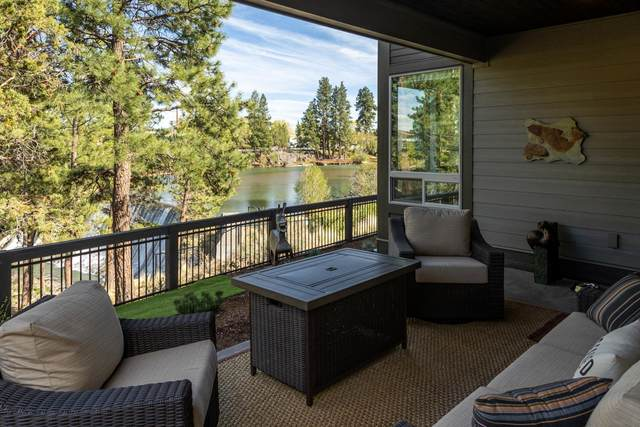 2602 NW Rippling River Court, Bend, OR 97703 (MLS #220122264) :: Team Birtola | High Desert Realty