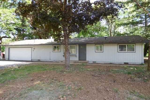 5140 Dick George Road, Cave Junction, OR 97523 (MLS #220122273) :: Keller Williams Realty Central Oregon