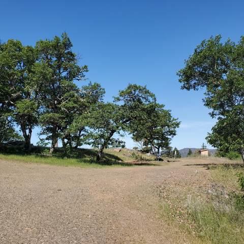 1968 Worthington Road, Eagle Point, OR 97524 (MLS #220122279) :: Keller Williams Realty Central Oregon