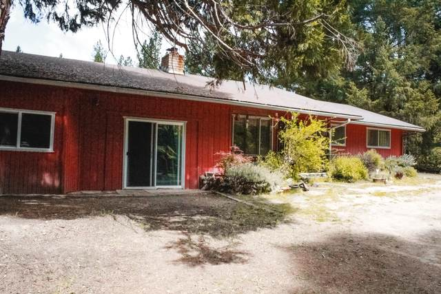 6148 E Evans Creek Road, Rogue River, OR 97537 (MLS #220122290) :: Bend Relo at Fred Real Estate Group