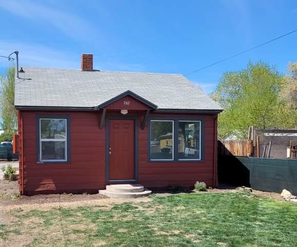767-NE NE Court Street, Prineville, OR 97754 (MLS #220122299) :: Bend Relo at Fred Real Estate Group