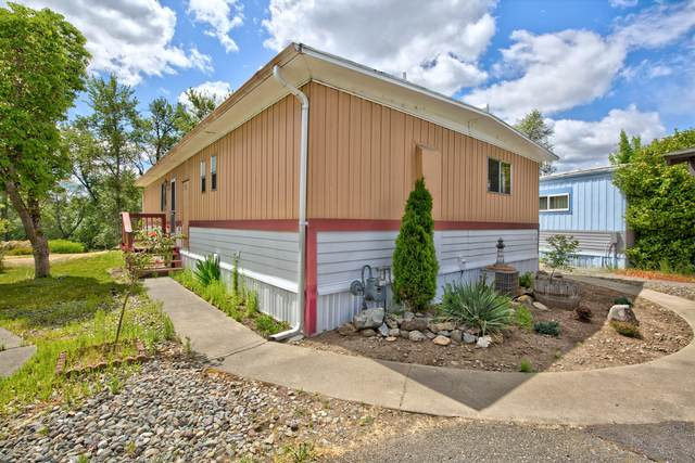605 Woodlawn Circle, Grants Pass, OR 97526 (MLS #220122300) :: The Ladd Group
