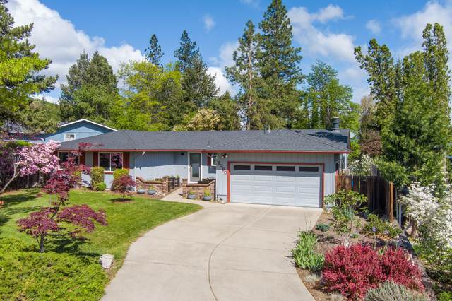 1290 Greenmeadows Way, Ashland, OR 97520 (MLS #220122314) :: Coldwell Banker Sun Country Realty, Inc.