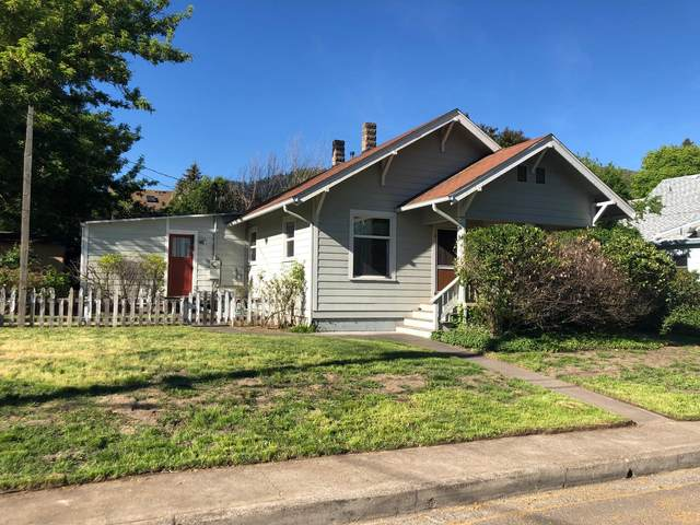 548 C Street, Ashland, OR 97520 (MLS #220122334) :: Top Agents Real Estate Company