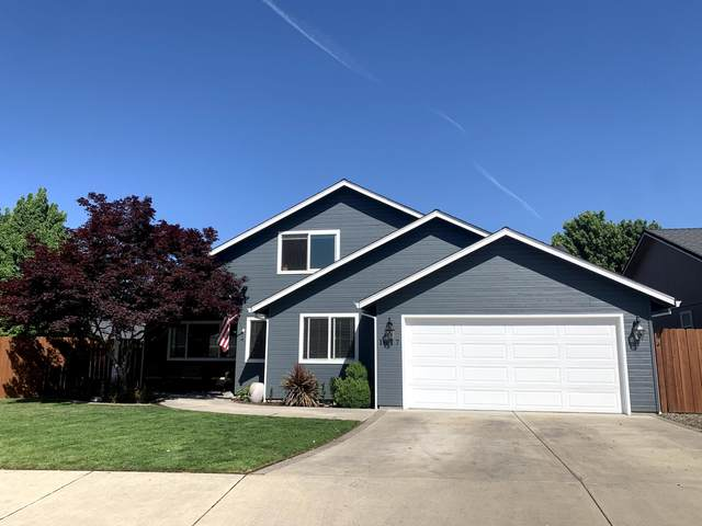 1017 Havenwood Drive, Eagle Point, OR 97524 (MLS #220122342) :: Bend Relo at Fred Real Estate Group