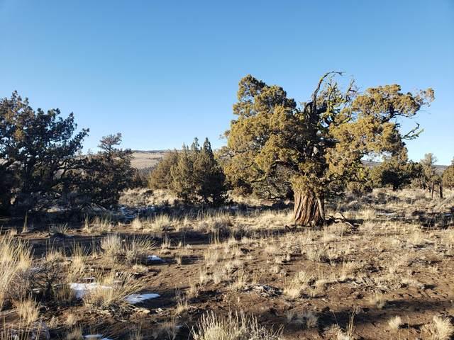 3700 Golden View Ranch, Bend, OR 97701 (MLS #220122352) :: Chris Scott, Central Oregon Valley Brokers