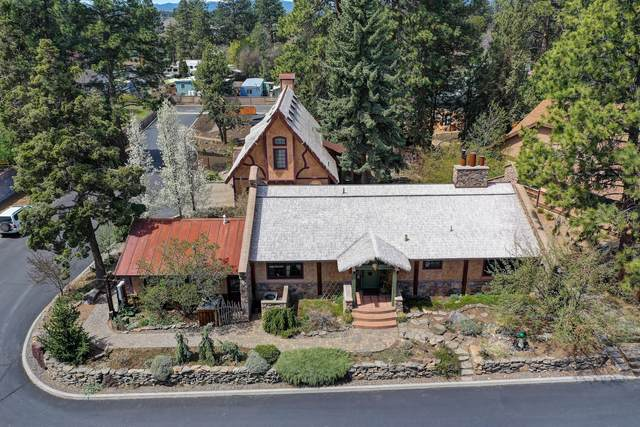 61283 Ring Bearer Court, Bend, OR 97702 (MLS #220122372) :: Fred Real Estate Group of Central Oregon