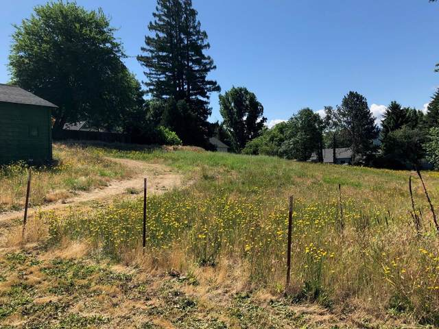 Short & Broadway Street, Rogue River, OR 97537 (MLS #220122435) :: FORD REAL ESTATE