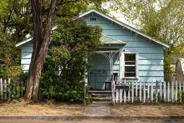 Address Not Published, Redmond, OR 97756 (MLS #220122521) :: Vianet Realty