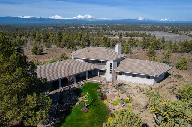 18290 Plainview Road, Bend, OR 97703 (MLS #220122533) :: The Ladd Group