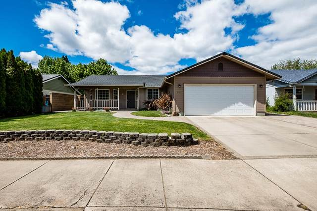 309 Candis Drive, Eagle Point, OR 97524 (MLS #220122573) :: Keller Williams Realty Central Oregon