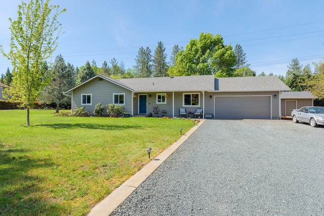 121-E Allman Way, Grants Pass, OR 97526 (MLS #220122576) :: FORD REAL ESTATE