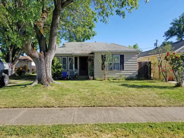 440 Fairmount Street, Medford, OR 97501 (MLS #220122581) :: FORD REAL ESTATE