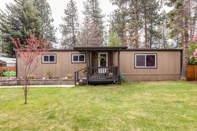 19923 Pine Cone Drive, Bend, OR 97702 (MLS #220122583) :: Chris Scott, Central Oregon Valley Brokers