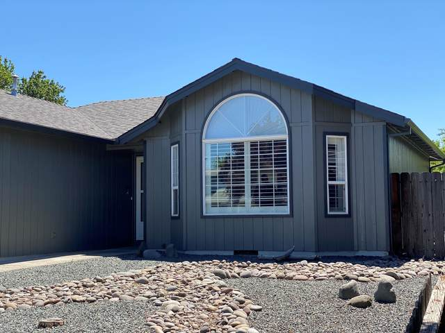 1040 Hopkins Road, Central Point, OR 97502 (MLS #220122587) :: FORD REAL ESTATE
