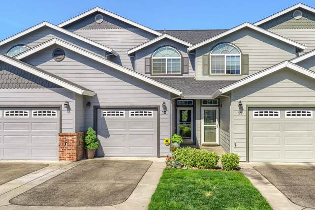 3855 Dover #10, Medford, OR 97504 (MLS #220122635) :: Bend Relo at Fred Real Estate Group