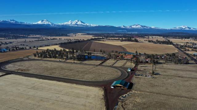 68760 George Cyrus Road, Sisters, OR 97759 (MLS #220122653) :: The Ladd Group