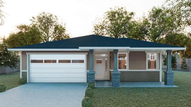 4132 SW Umatilla Avenue, Redmond, OR 97756 (MLS #220122661) :: Coldwell Banker Bain