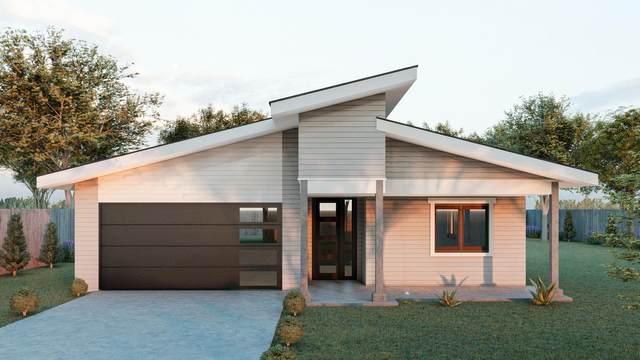 4154 SW Umatilla Avenue, Redmond, OR 97756 (MLS #220122662) :: Fred Real Estate Group of Central Oregon