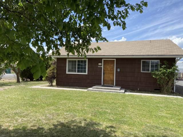 2858 Altamont Drive, Klamath Falls, OR 97603 (MLS #220122666) :: Coldwell Banker Bain